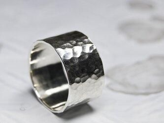 槌目 シルバーフラットリング 12.0mm幅 でこぼこ|SILVER RING|357の画像