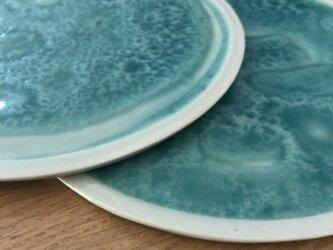 湖の様なお皿の画像