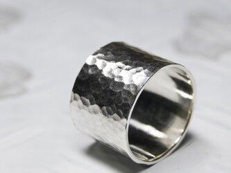 槌目 シルバーフラットリング 15.0mm幅 でこぼこ|SILVER RING|360の画像