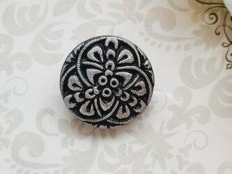 チェコガラス 黒とグレーのポニーフックの画像