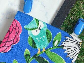 オトナのティッシュケースor移動ポケット 『北欧 動物と花の森。フクロウときつね』の画像