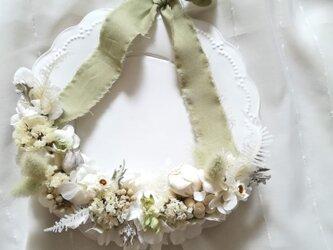 【受注製作】白い花々のハーフwreath(リース プリザーブドフラワー ドライフラワー アンティーク)の画像