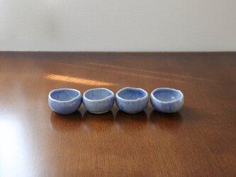 海碧貫入釉の手びねり小鉢の画像
