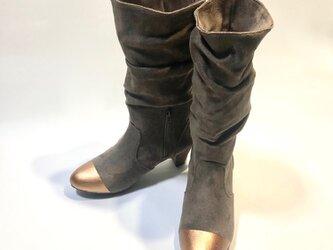 歩きやすくて暖か!バイカラー裏シャギー6cmヒールロングブーツ (オーク × ブロンズ) S/M/L/LLサイズの画像