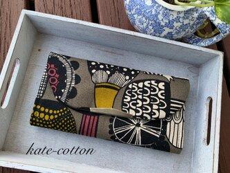 ■ キノコ柄の 北欧風 軽い長財布! 茶系の画像