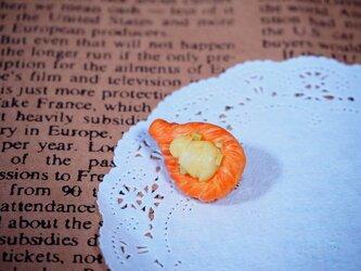 洋梨デニッシュのブローチの画像