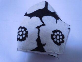 ハンドメイド■秋冬カメリア花柄ニットマスク黒の画像