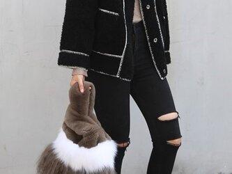 ¶ new antique fur ¶ ラパン/フォックス/ラムエコバッグ型ミックスファーバッグ カーキの画像