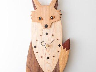 木の時計:子キツネの画像