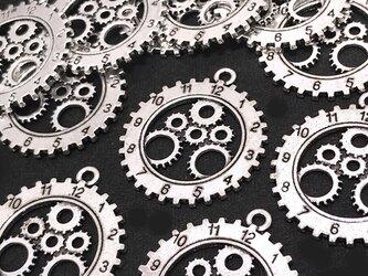 時計歯車チャーム 銀古美 6個【スチームパンク歯車 時計パーツ ハンドメイド素材】の画像