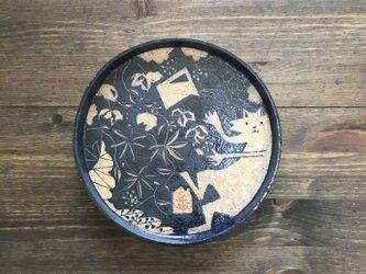 藍色の皿の画像