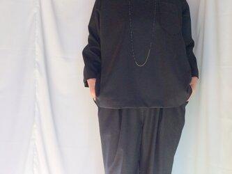 ストレッチライトウール ポケット付きプルオーバーブラウス LL チャコールの画像