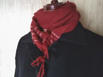 ハートを織り込んだふんわりカシミヤのミニ手織りマフラーの画像