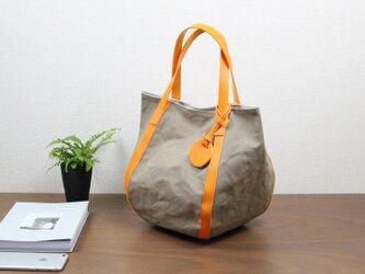 バルーンバッグ ヌメ 革 × パラフィン帆布 オレンジの画像