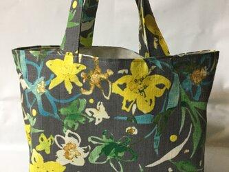トート風エコバッグ 黄色お花の画像