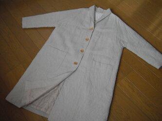 リネンの総裏付きコート 生成りベージュの画像