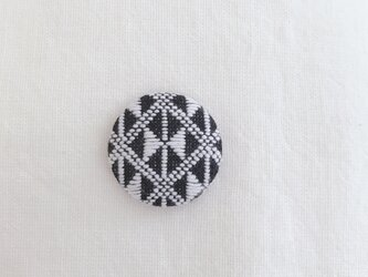 こぎん刺しのブローチ〈りぼん〉2.9cmの画像
