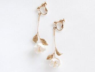 Leni Earrings/Pierces - Metallic finishの画像