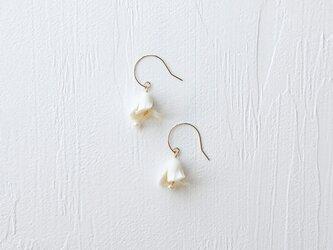Belle Earrings/Pierced earringsの画像