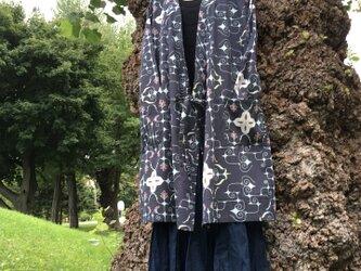 【ミヤスヒメ様専用】アイヌ民族衣装風 カシュクールワンピ カーディガン オリジナルテキスタイル柄 ブラックの画像