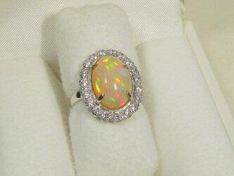 4.00ctオパールとプラチナ、再生ダイヤモンドの指輪(リングサイズ:9号、エチオピア産、Pt900、天然石)の画像