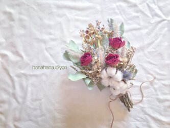 薔薇と綿の実のブーケ・スワッグの画像