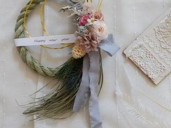 3種のバラのしめ縄wreath(リース プリザーブドフラワー ドライフラワー アンティーク)の画像