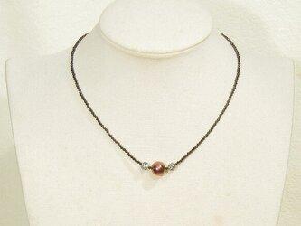 10.5mm本真珠(淡水)とブラックスピネルのネックレス(40cm、パープル、高級宝飾品用のボール、ニューホック)の画像