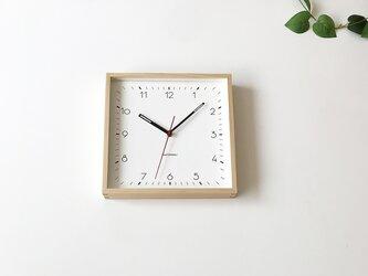 KATOMOKU square clcok 3 ヒノキ 電波時計 掛け時計 連続秒針の画像