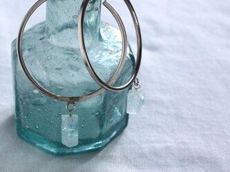Rough Rock Aquamarine Hooped earrings アクアマリンの原石フープピアス Silverの画像