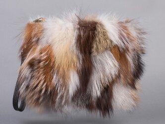 ¶ new antique fur ¶ ブラウン系フォックスファークラッチバッグの画像