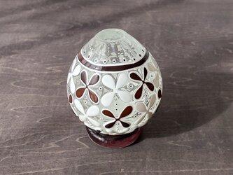 pattern vase 花挿し 赤茶花の画像