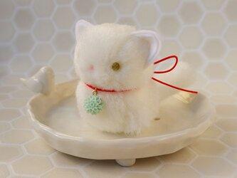 ちいさなぬいぐるみ 白猫すわりポーズ*和風の画像
