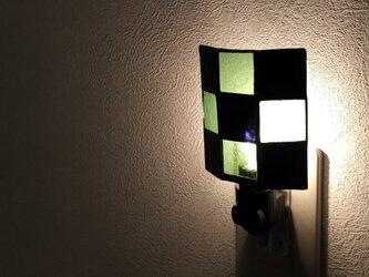 市松模様のナイトライトの画像