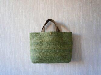 裂き織りのバッグ Mサイズ セージの画像