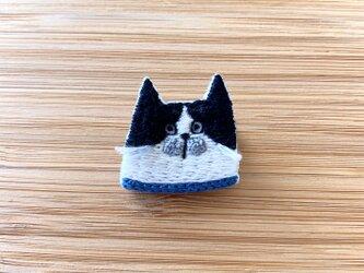 【受注制作】いろいろな猫ブローチ(はちわれ)の画像