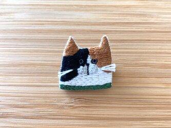 【受注制作】いろいろな猫ブローチ(みけ)の画像