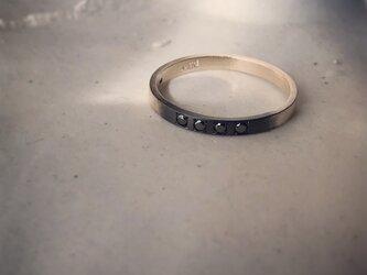 昼と夜のリング blackdiamondの画像