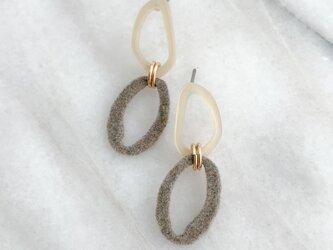 Flocking finish double circle pierces/noholeの画像