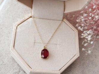 【K10】大粒!宝石質ルビーの一粒ネックレス(オーバルファセットカット)の画像