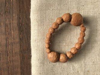 木彫ブローチ(まるまる、サクラ)の画像