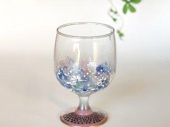 小さなワイングラス・鱗と刺繍のよう・パープルの画像