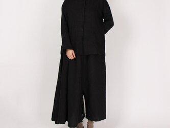 9番手綾織り比翼ボタンバンドカラーブラウス(ブラック)の画像