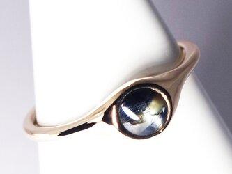 さりげない4mmゴールドシーンサファイアK10リング【Pio by Parakee】Gold sheen sapphireの画像
