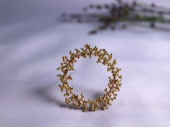 Brass brooch 「Winter wreath」の画像