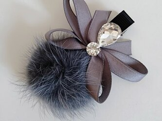 ¶ new antique fur ¶ ダークグレーミンク&ファンシーストーン付リボンヘアクリップの画像