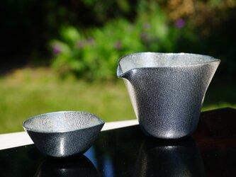 錫製酒器・らいちょう片口の画像