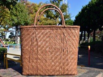山葡萄(やまぶどう)籠バッグ   桝網代編み   巾着と中布付き   (約)幅底部39上部44cmx高さ35cmx奥行12cmの画像