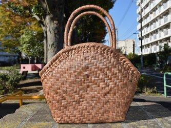 山葡萄(やまぶどう)籠バッグ | 桝網代編み | 中布付き| (約)幅上部34cm底部23cm×奥行12cm×中央部高さ25cmの画像
