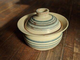 縞々紋土鍋の画像